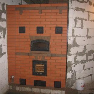 Šildymo krosnis (šildomas plotas 70m2)